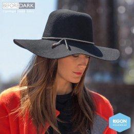 Capeline Lynette Black Felt - Rigon Headwear